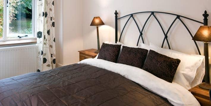 bed and breakfast bedroom with en suite